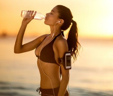 Como se manter saudável nas férias de verão?
